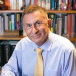 Professori Andrew Kakabadse - Henley Business School Suomessa