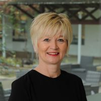 Tracy Barr - Henley Business School Finland