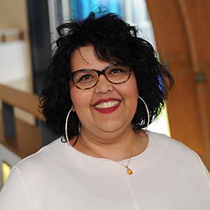 Dr Naeema Pasha - Henley Business School Finland