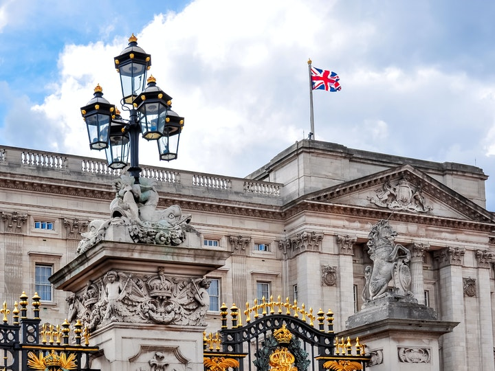 Racism challenges in the royal palaces: can we relate in our workplaces? - Henley Business School Suomessa